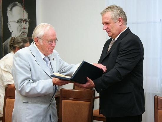 prof. Genadij Ososkov a prof. Pastorek